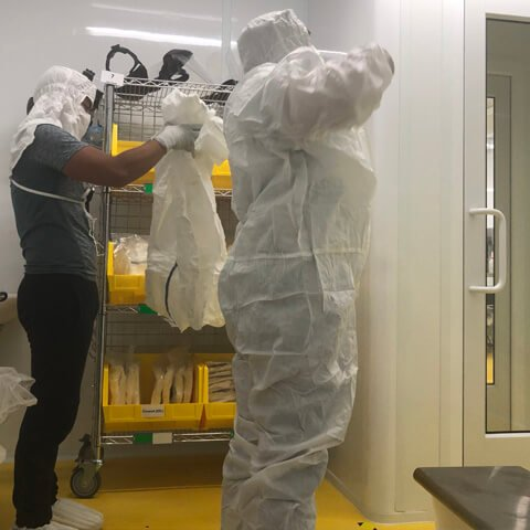 Cleanroom cleaning services